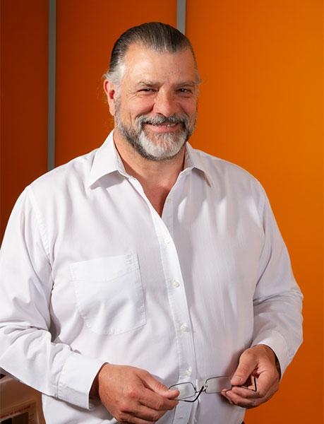 Yann Camard, dirigeant LBA La Boite d'Agencement 95